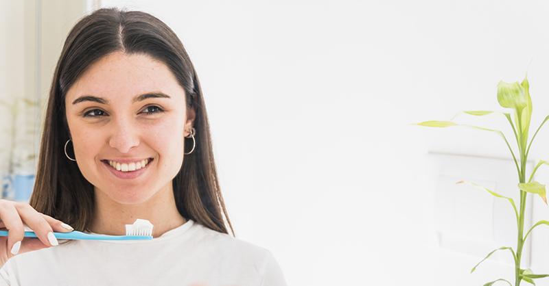 Cómo cuidar nuestro cepillo de dientes